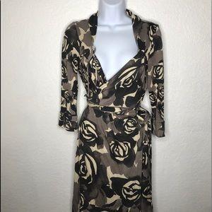 Diane von Furstenberg DVF Wrap Floral Print Dress4